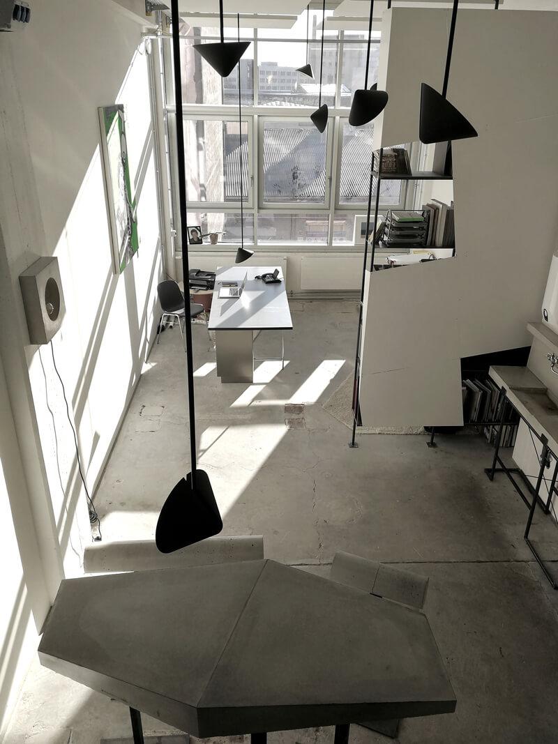 Bürogestaltung Kreativzone Pendelleuchten Büro WhiteBox Nobla Interior Design
