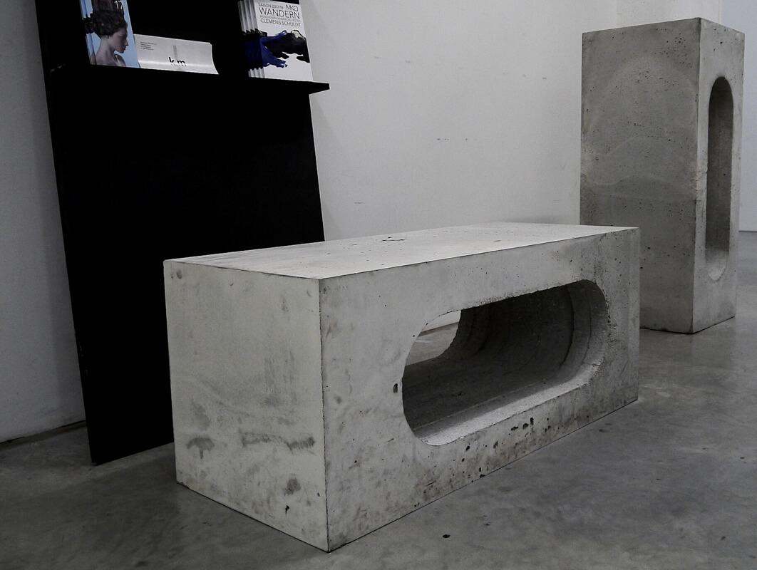 Betonmöbel Rohbau WhiteBox Raumkonzept Nobla Innenarchitekt