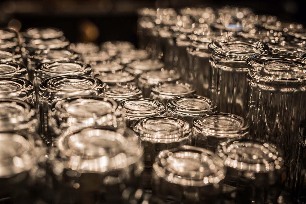 Gläser Biergläser Glasfässer Zapfkönig Karlsruhe Nobla Innenarchitekt
