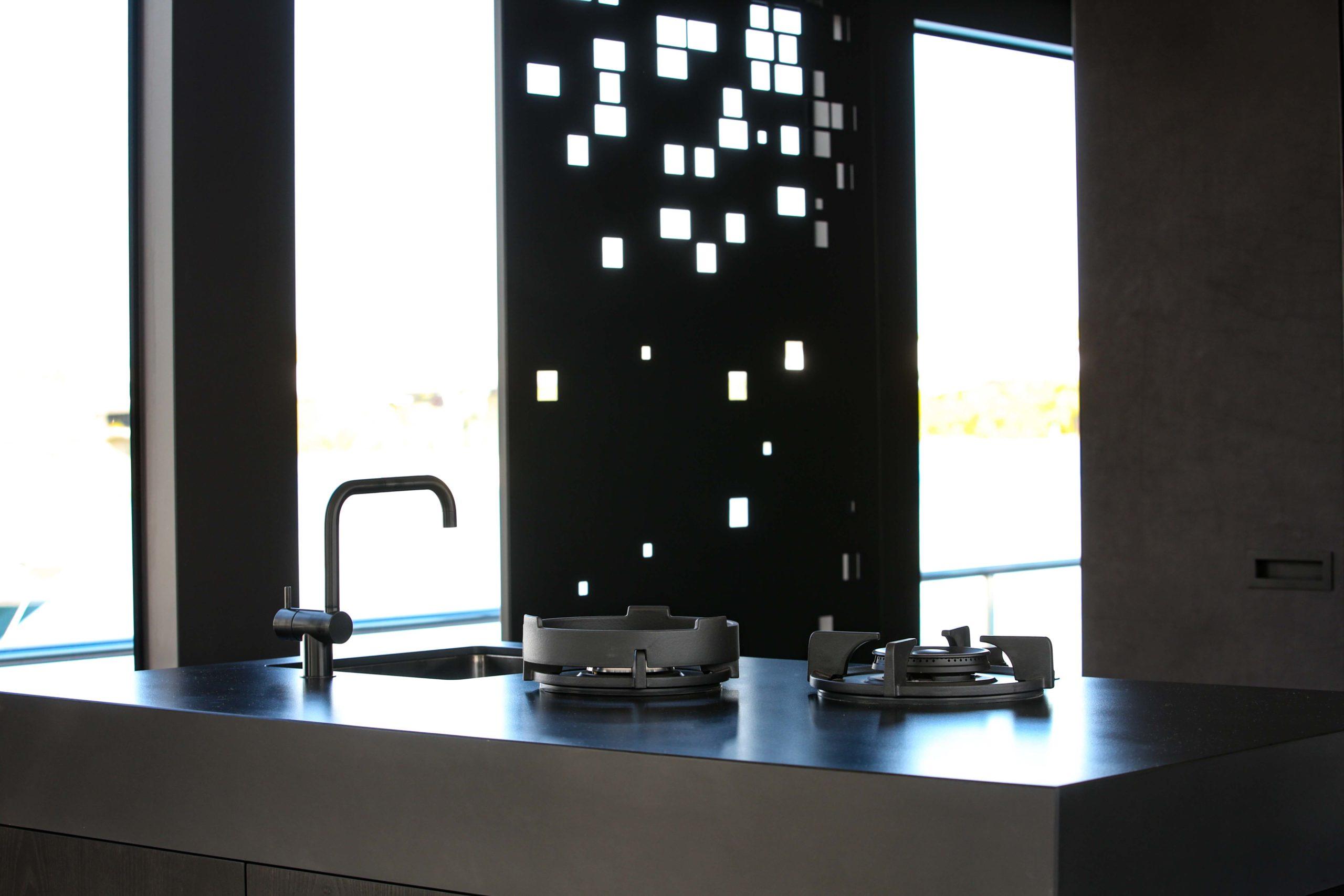 Kücheneinrichtung Kochherd Onyx Hausboot Nobla Design