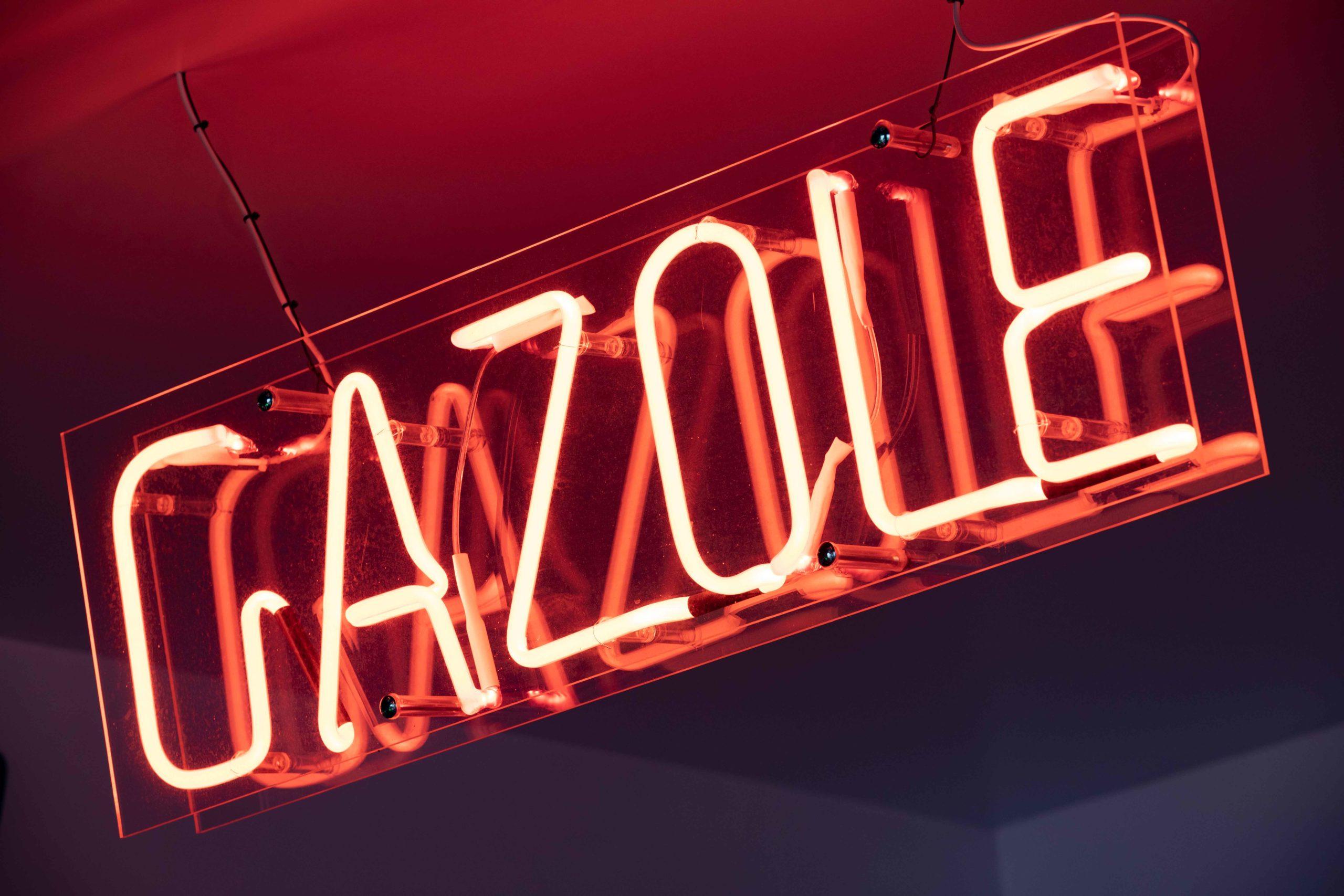 Leuchtschild Gazole Rot Nobla Karlsruhe Innenarchitekt